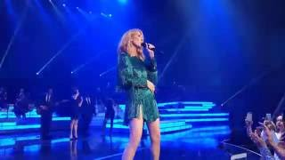 Celine Dion - Prince Medley - Kiss/Purple Rain (mosh pit) - Oct 4th 2016