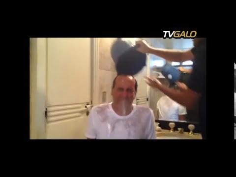 26/08/2014 Presidente Alexandre Kalil aceita o desafio proposto pelo atacante Diego Tardelli