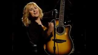 Watch Melissa Etheridge Sympathy video