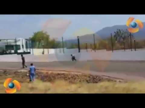 pobladores de Iguala Corren a policías que habían recuperado instalaciones del TSJ en Guerrero