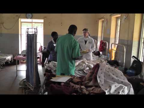 Dr. Sherry Thomas does patient rounds in Africa