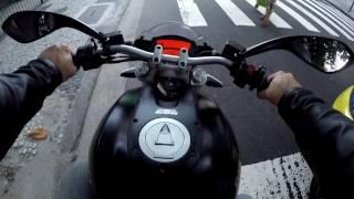 Test Ride Ducati Monster 696