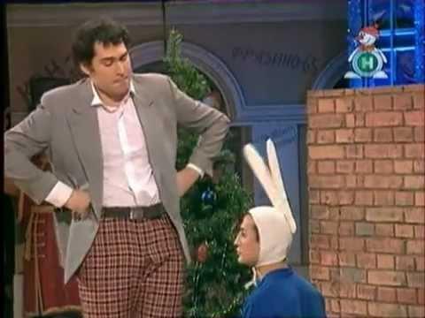 КВН Пятигорск - Папа и сын наряжают елку.avi