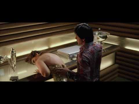 Kareena Kapoor Hot Boob Show Slow Motion thumbnail