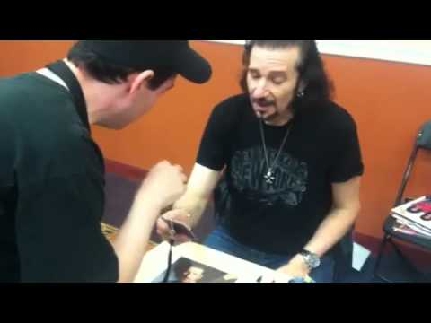 Bruce Kulick at NJ KISS expo 2012!!!