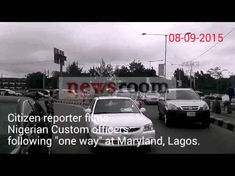 "Nigeria customs officers ""flout"" traffic law"