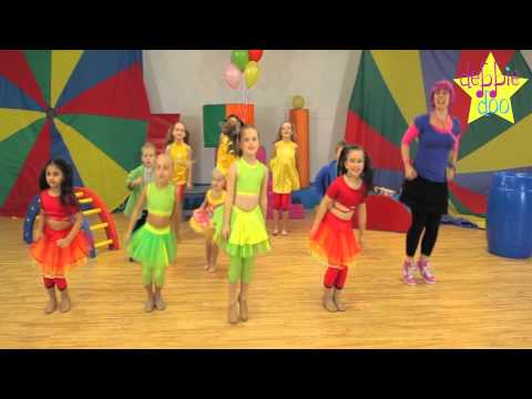 Debbie Doo & Friends! - Let's Star Jump! - Dance Song For Children thumbnail