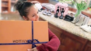 Surprising Mother-in-law With $5,000! (Divorce Gifts)