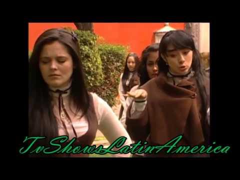 En Nombre Del Amor Paloma Cachetea Y Golpea A Una Alumna