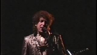 Watch Bob Dylan Precious Memories video