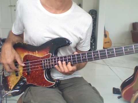 L250 Gm7 dorian scale bass lick