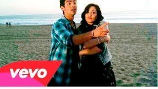 Watch Demi Lovato Make A Wave video