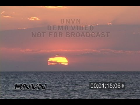 11/4/2006 Sarasota, FL Siesta Beach Sunset Video