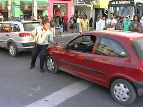 Lutador de mma briga em acidente de trânsito na bahia