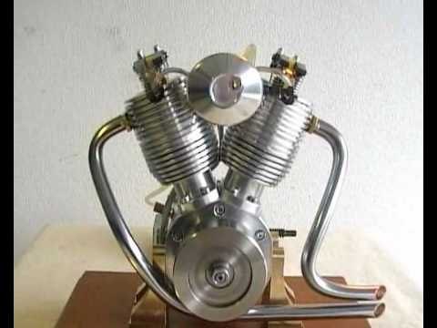 Eigenbau V2-Viertaktmotor LU (Modellmotor)