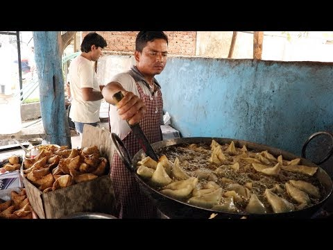 Best Samosa in Hyderabad | Samosa recipe | Indian Street Food | Chaiwala Samosa