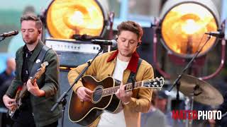 download lagu Niall Horan - Flicker, Live On The Today Show gratis