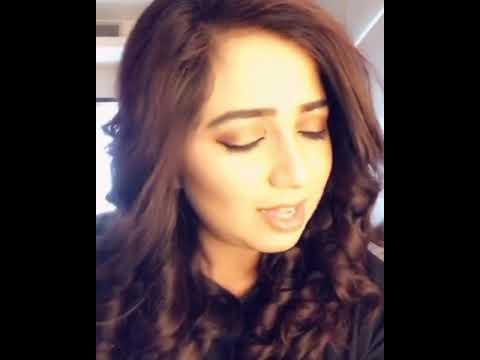 Shreya Ghoshal Singing Ghar More Pardesiya (Sargam Part)