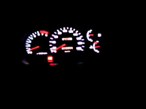 Белая подсветка часов Hyundai Accent