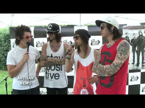 PIERCE THE VEIL ON BEYONCE, DRAKE, RACISM, ARIZONA IMMIGRATION Video