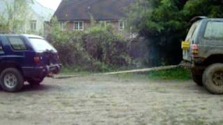 Mitsubishi Pajero Vs Vauxhall Frontera Tug Of War - Off Road - 4x4