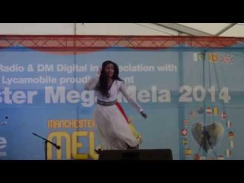 Ghagra mera piya ghar aaya and balam pichkari dance!