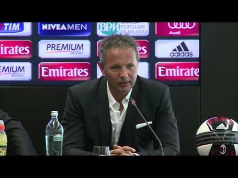 Mihajlović unveiled as new AC Milan boss | AC Milan Official