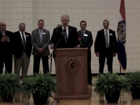 Governor Jay Nixon visits R-III