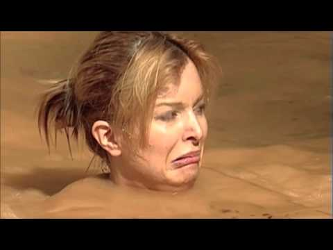 Download Catalina gets Close Up with Crocs | I'm A Celebrity... Get Me Out Of Here! Mp4 baru