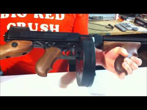 1927 M1A1 Thompson Tommy gun