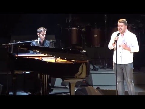 Adele Invites Irish Fans Onstage To Perform