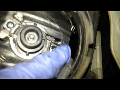 Acura TL Headlight Replacement (WITHOUT removing the bumper)