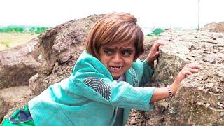 छोटू आसमान से गिरा खजूर में अटका | CHOTU LATAK GAYA | Khandesh Chotu Comedy Video 2018