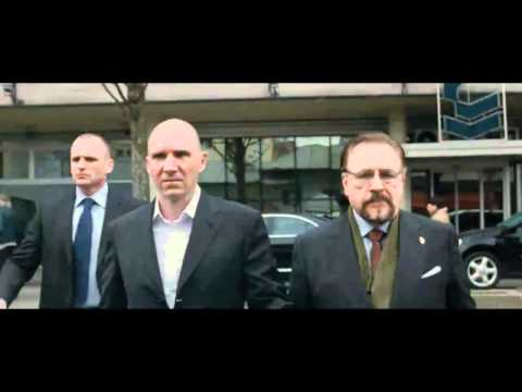 Coriolanus Official Movie Trailer - Ralph Fiennes, Gerard Butler