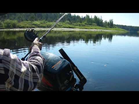 Ловля щуки. Видео где и как поймать щуку в запрессованных водоёмах. Часть 3.