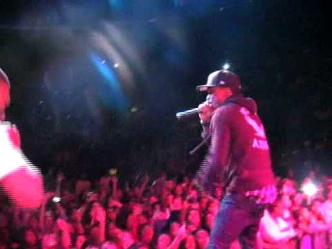New Boyz Bring Travis Porter Out at the Chris Brown Concert! Live Performance