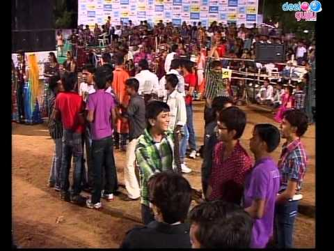 Gujarati Garba Song Navratri Live 2011 - Lions Club Kalol - Vikram Thakor - Mamta Soni Day-10 Part-6 video