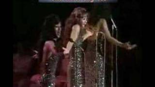 Three Degrees-Year Of Decision (seaside special, live)
