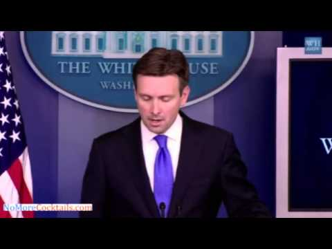 WH Spokesman Josh Earnest Struggles To Name Obama & Hillary's Foreign Policy Achievements...