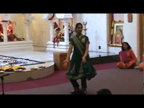 Shreyas Bharat Natyam Dance on Ek Dantaya Vakratundaya at Temple...