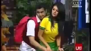 Raffi Ahmad hampir pegang dada Farah Quinn di Pesbukers
