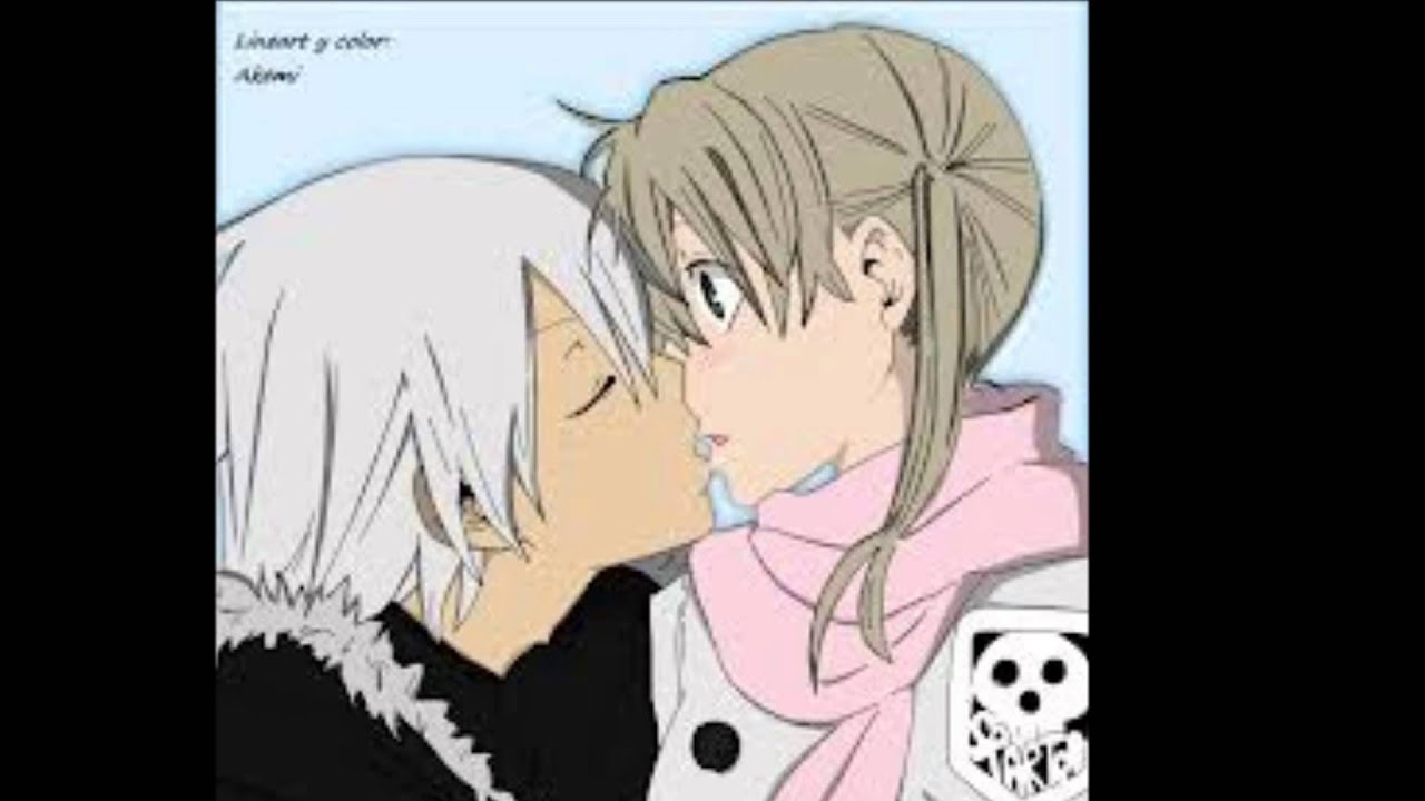Soul eater death the kid and liz kissing