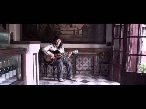 Medio Hombre Medio Guitarra - VIDEOCLIP- RAMUNDO AMADOR