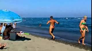 Videos De Caidas Chistosas Sólo Otro Día WTF En La Playa Graciosas Chistosas Risa