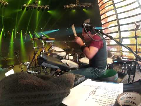 Drummer Rich Redmond Performs Jason Aldean's big Green Tractor At The Houston Rodeo 2014 video