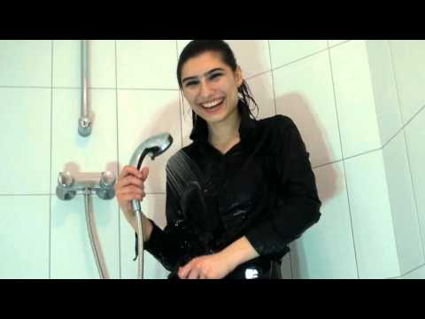 Sample of Iranian Zarina in wet clothes