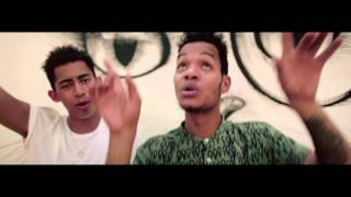 Watch Rizzle Kicks Dreamers video
