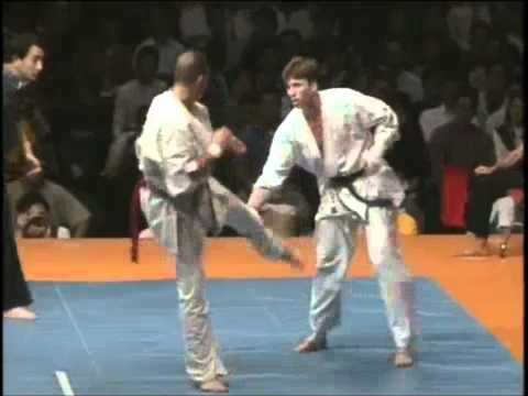Kyokushin Karate 5th World Tournament : The Lightest Champion