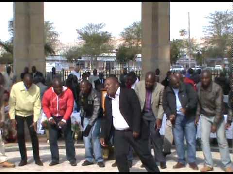 Bafana Ba Sebesho Pay Tribute To Oleseng: Medley; Ho Lokile Ntate & Medigwana video