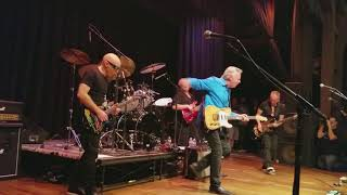 "Private Concert - G4 2017 Joe Satriani, Tommy Emmanuel play ""Stevie's Blues"" and ""Johnny B Goode"""
